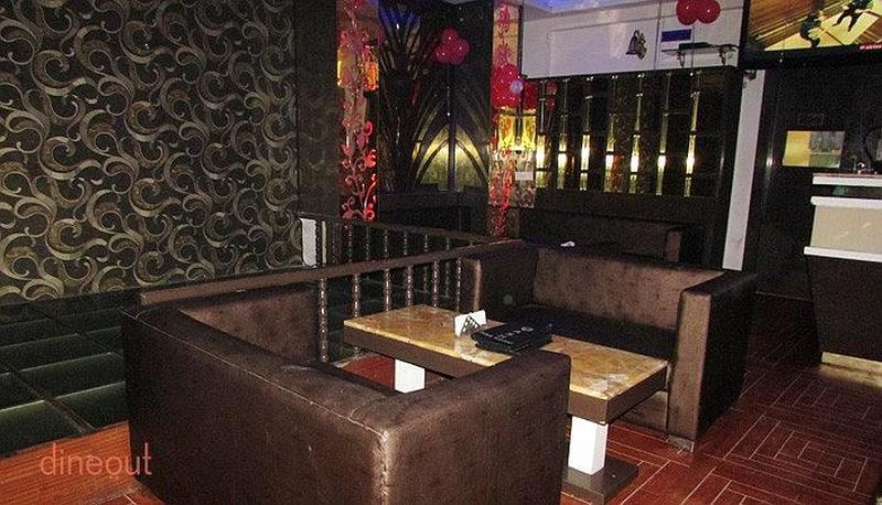 Qash Cafe Lounge Sheesha Hudson Lane
