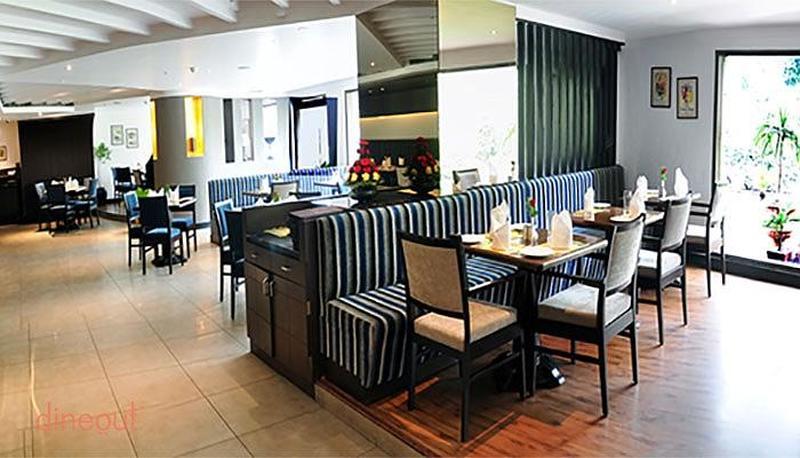 Cafe 24 Pitampura