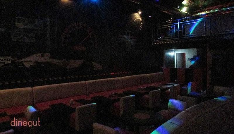 Chicane Sports Bar Sector 25A