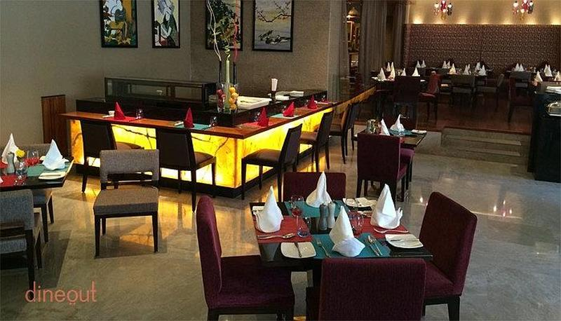 Cafe G - Crowne Plaza Sector 29