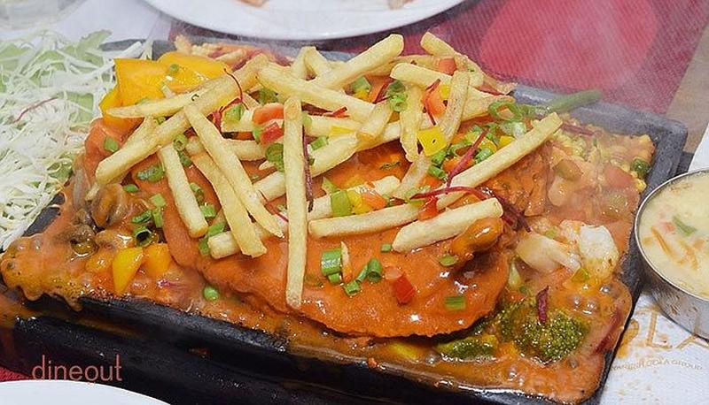 Gola Sizzlers Connaught Place