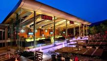 Uno Bar & Grills - Ramada Powai Hotel & Convention Centre restaurant