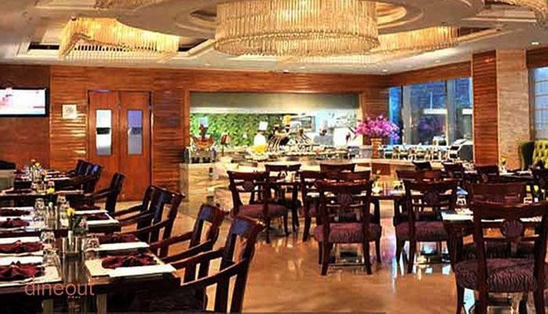 Lattitude - Best Western Skycity Hotel Sector 15