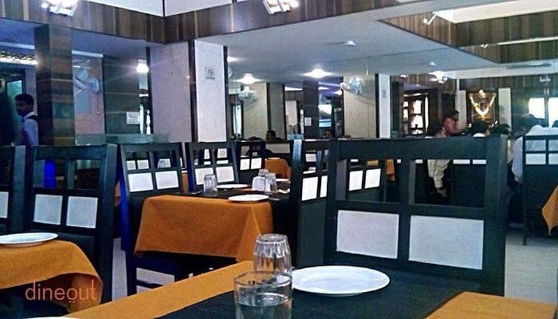 Woodlands Restaurant and Bar Erandwane