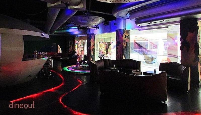 9 Mars Lounge Bar Indirapuram