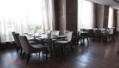 Cafe Pacific - Hotel Sewa Grand